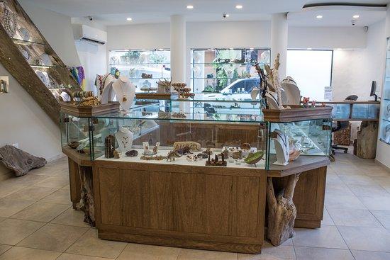 Hotel Villa Taina: Fine caribbean jewelry store