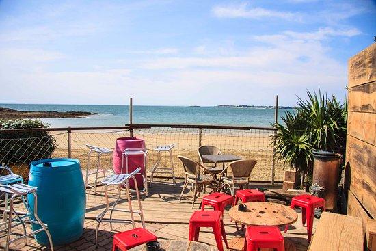 Mesquer-Quimiac, France : Terrasse vue mer