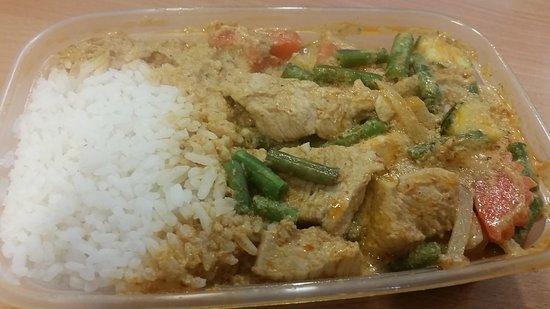 Padthaistr Eat: Chicken penang