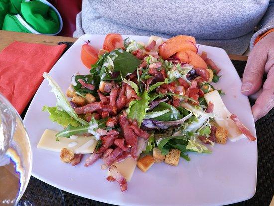 Fer a Cheval : La salade Vlaisane en demi portion