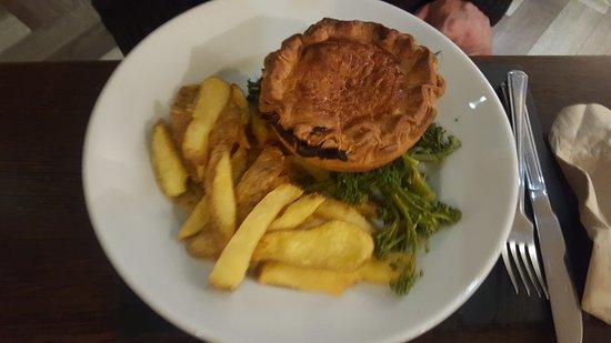 Milford Haven, UK: Chicken and Mushroom Pie