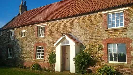 Westow, UK: Both rooms are in our 500 years old farmhouse set in 6 acres of a working vineyard