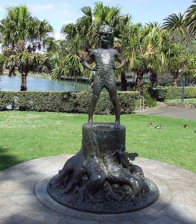 Whanganui, New Zealand: Child standing