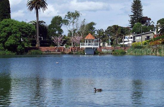 Whanganui, New Zealand: the beautiful small Lake