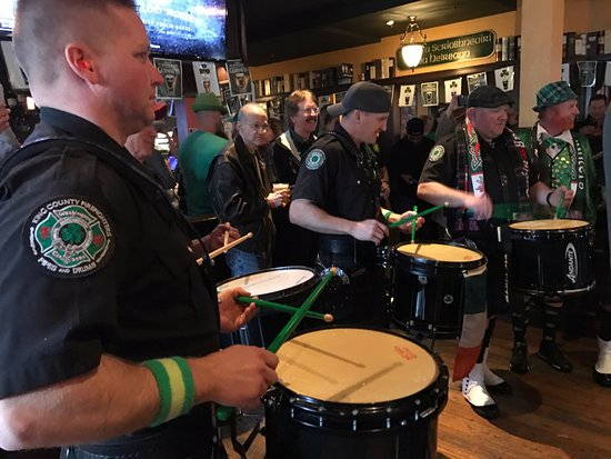 Kirkland, WA: Gathering of the Clan at Wilde Rovers