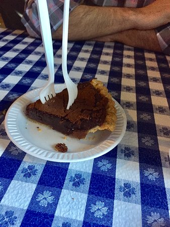 Gus S World Famous Fried Chicken Chocolate Chess Pie