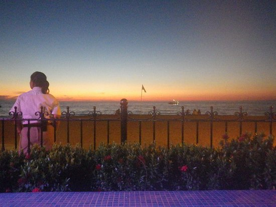 Playa de los Muertos: the stars come out and more beauty