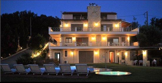 Villa Zeus Apts