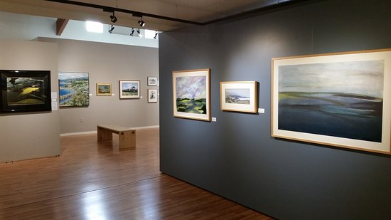 Wildling Museum of Art and Nature: Private Collections of the Santa Barbara Region
