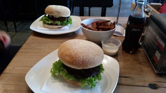 Velvet Burger: 20170318_120820_large.jpg