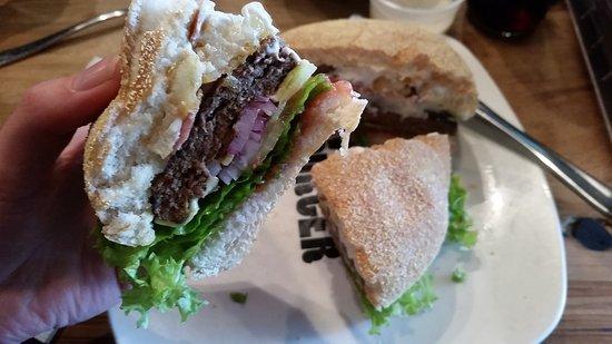 Velvet Burger: 20170318_120914_large.jpg