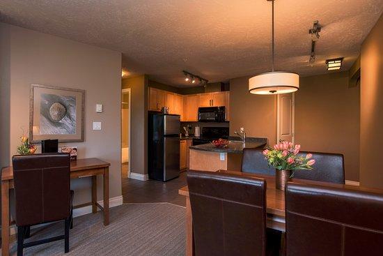 Courtenay, كندا: Eagles View One Bedroom Suite Kitchen