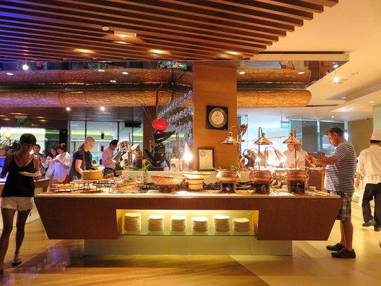Vista from marina mandarin singapore room 1837 12 mar 17 picture of marina mandarin - Hotel mandarin restaurante ...