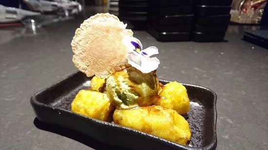 Coriander Leaf: Avocado ice cream, fried banana fritters, gula melaka sago
