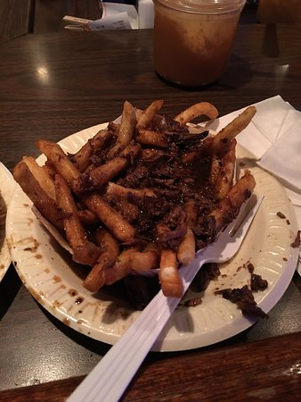 Springfield - Springfield Township, PA: OMG... This was the first time that I ever had fries w gravy!!! I couldn't stop eating them...!❤