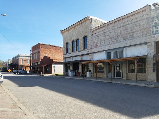 Historic Downtown Hico : 20170314_103108_large.jpg