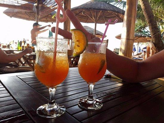 Phuong Binh House: The Best Beach Drinks!