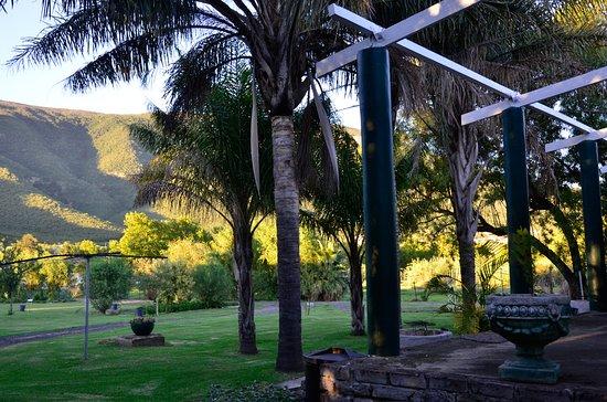 Somerset East, Afrika Selatan: garden & mountain view