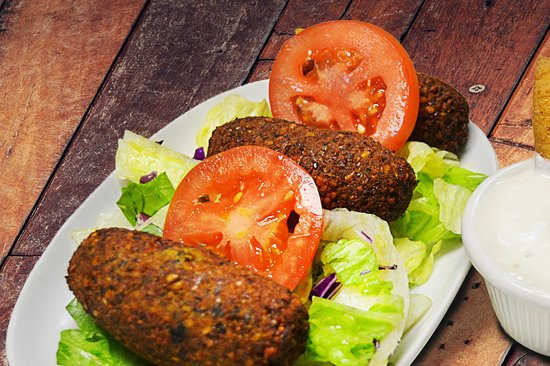 East Setauket, นิวยอร์ก: Vegetarian Falafel with Tahini Sauce