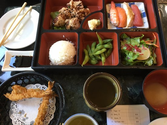 Seal Beach, CA: bento lunch
