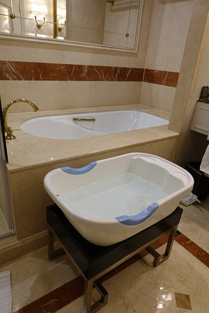 Baby bath tub provided by the hotel. - Picture of The Venetian Macao ...