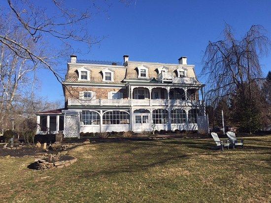 Stockton, NJ: Stunning old Inn