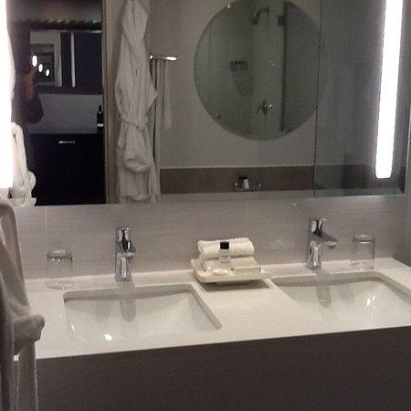 โรงแรมวิคตอเรียแอนด์อัลเฟรด ภาพถ่าย