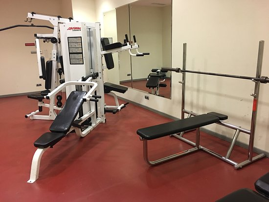 Crowne Plaza Riyadh Minhal: Nice room but not so nice gym