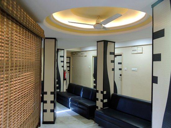 Keyur Hotel