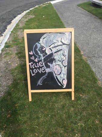 Turangi, New Zealand: Golden Crust Pizza