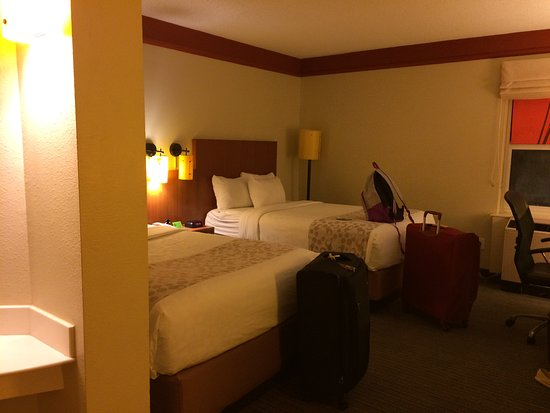 La Quinta Inn & Suites New Orleans Downtown: Our room