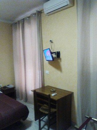 Hotel Le Rose: IMG_20170317_150705_large.jpg