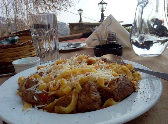 Makrinitsa, Греция: Απόλαυση