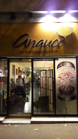 Anauco: Entrance