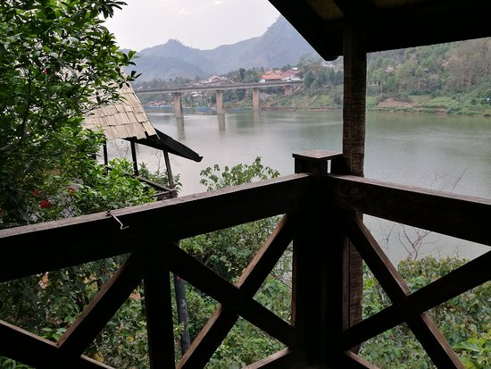 Nong Khiaw, Лаос: River views from our balcony