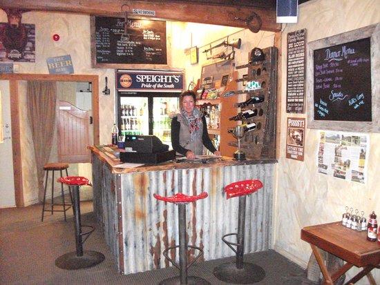 Geraldine, นิวซีแลนด์: The great little country Bar and Restaurant