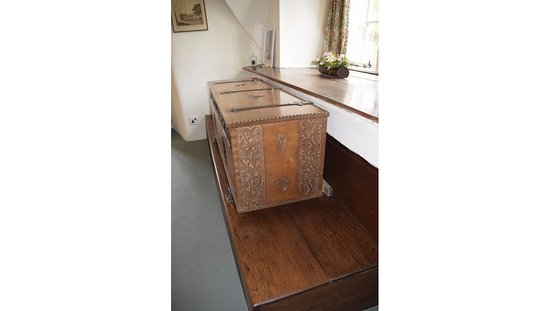 Leicestershire, UK: Coffer with leaf design by Joseph Armitage who also designed the National Trust's Motif