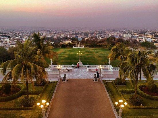 Taj Falaknuma Palace: photo3.jpg