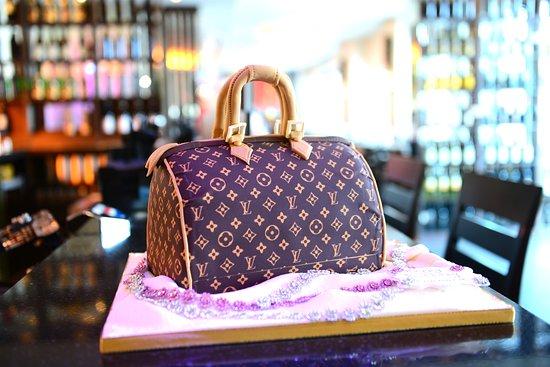 Hucknall, UK: Louis Vuitton Birthday Cake