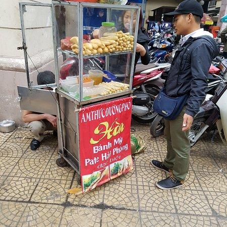 Hanoi Urban Adventures: Bahn Mi (Snack Bread) stall