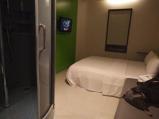 POP! Hotel Kuta Beach: IMG20160822205232_large.jpg