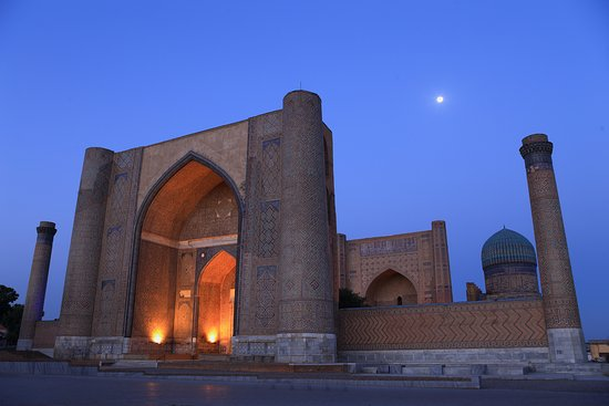 ‪طشقند, أوزبكستان: Samarkand Registan Square‬