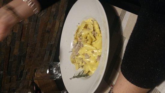 Fucecchio, Italy: Ragù bianco di cinta senese_large.jpg