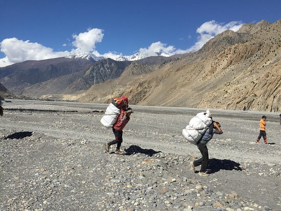 Actual Adventure Trekking and Expedition: photo9.jpg