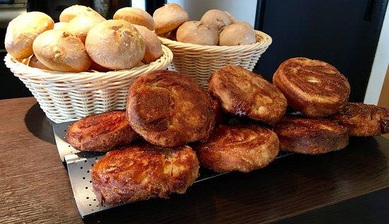 Baden, Frankrijk: Kouing amann et pain maison, bienvenue en Bretagne !!!!