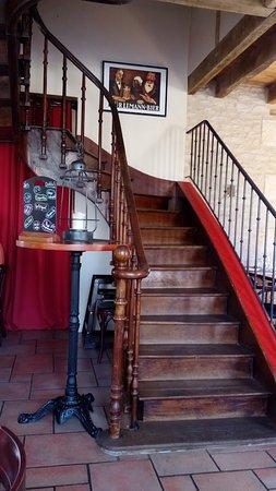 Neuville de Poitou, Frankrike: escalier de charme