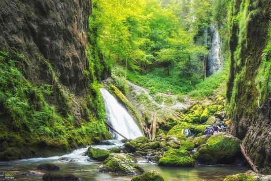 Galbena Gorges