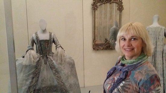 Germanisches Nationalmuseum : Платья из позапрошлых веков