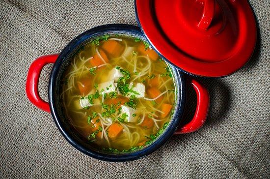 Вышеград, Венгрия: Tyúkhúsleves / Chicken clear meat soup