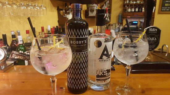 Retford, UK: Select over 120 Gins...from the Gin Library!!!